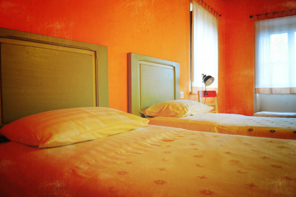 camera-arancio-martelletto-bed-and-breakfast-agriturismo-country-house-serra-san-quirico-ancona-marche